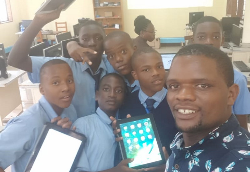 Masomo ya Kemia kwa iPad EaglesHighSchool 6